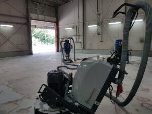 Lager- und Produktionshallen mit Schwamborn Schleifmaschine DSM 800 RC sanieren